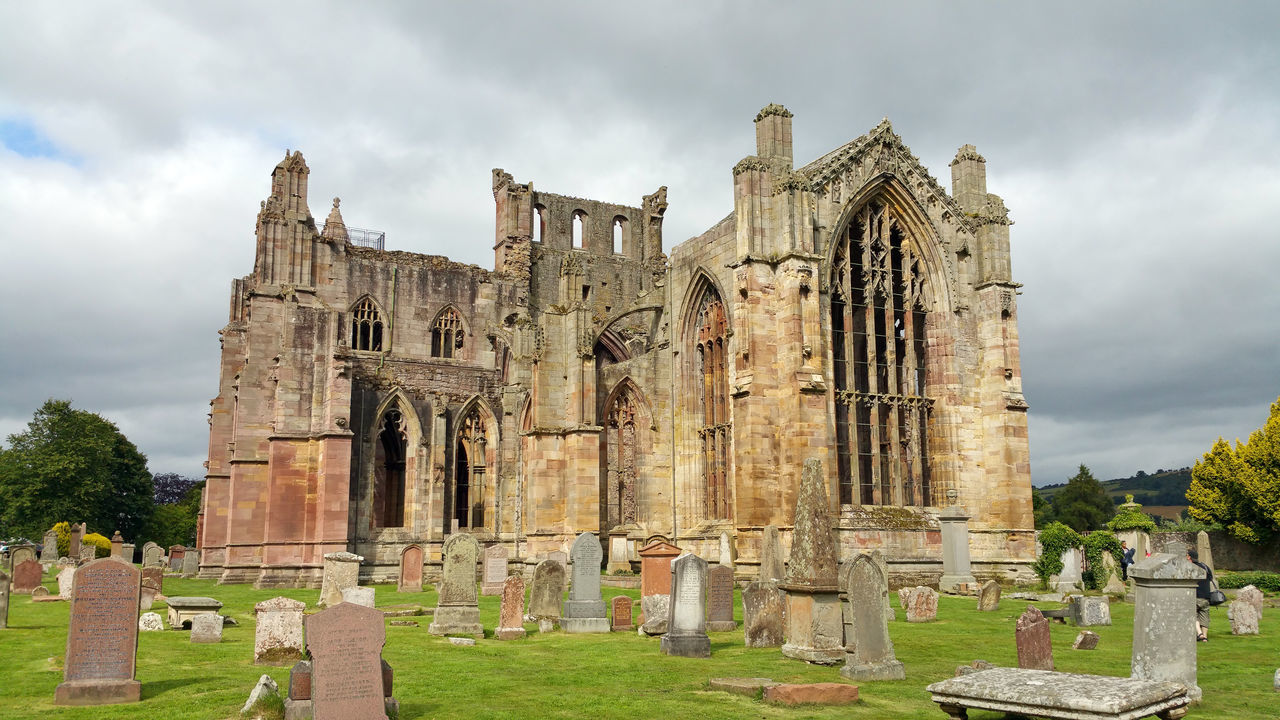 Abbey Abbey Ruins Architecture Built Structure Church History Melrose Abbey Old Ruin Outdoors Place Of Worship Religion Scotland Spirituality The Past Travel Destinations