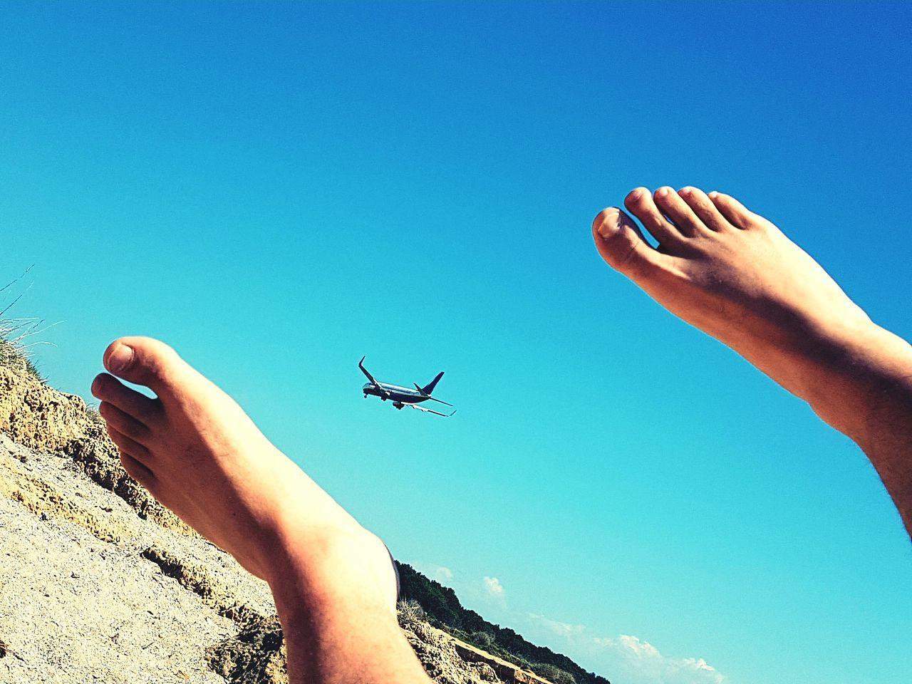 Human Body Part Summer Flying Sky Outdoors Aeroplane Aeroplane In The Sky Aeroplane Photography Feet Photooftheday Españoles Y Sus Fotos Non-urban Scene