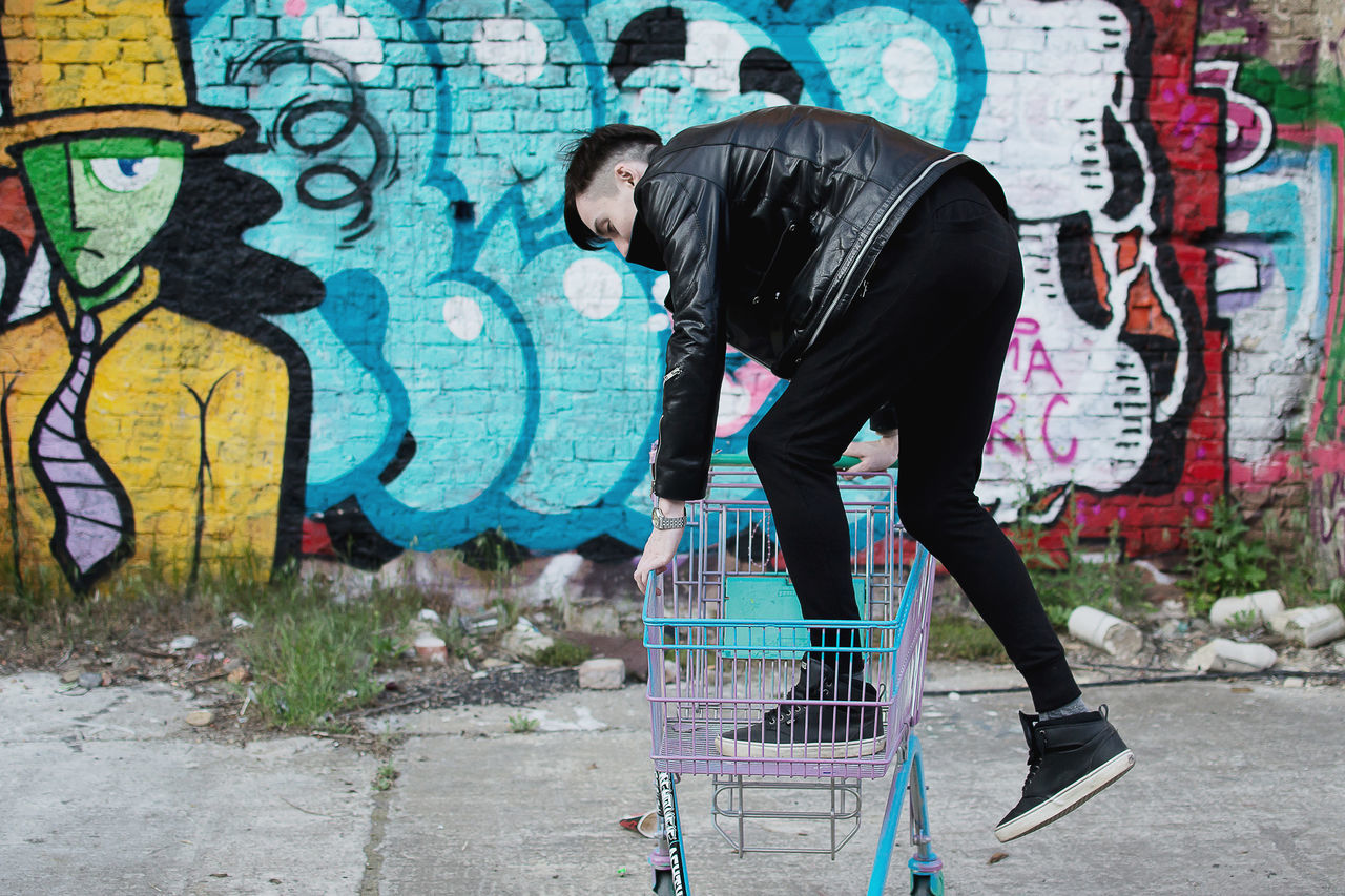 Emotions Graffiti Grocery Shopping Hooligan Infringer Lifestyles Male Malemodel  Punk Punk Style Punkrock Streetart Streetstyle Subculture Teen Teenager Urban Style Young Youth Market Reviewers' Top Picks Embraceurbanlife Embrace Urban Life Capture Berlin
