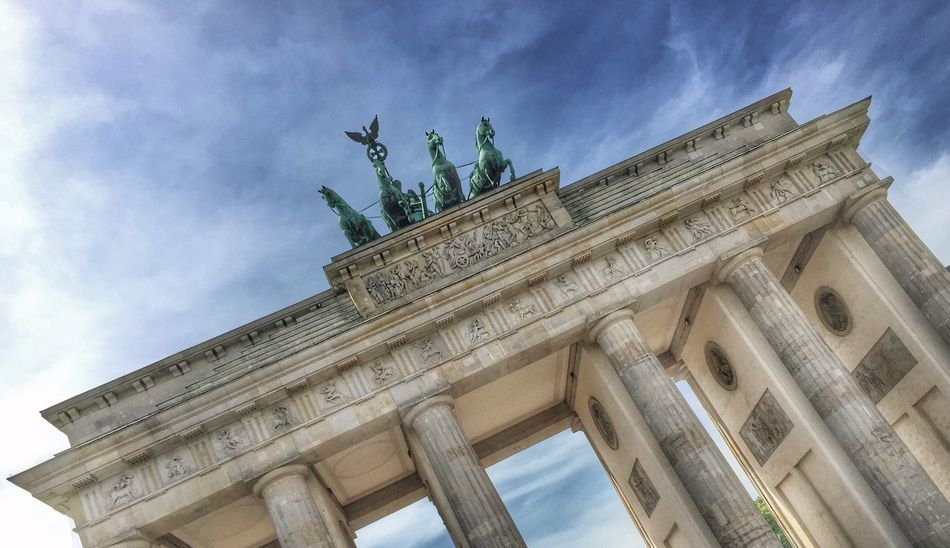 Capture Berlin Low Angle View Architecture Built Structure Sky Travel Destinations Building Exterior Architectural Column City Tourism Outdoors City Gate History Cloud - Sky No People Sculpture Statue Day Triumphal Arch Brandenburger Tor Quadriga Sonne Landmark Berlin Wahrzeichen