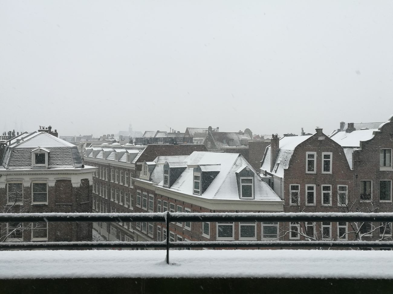 Snow in the city Amsterdam Winter Snow Jordaan Outdoors Sky Canalhouses First Eyeem Photo