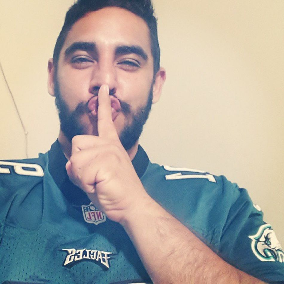 Division of absolute leader, isolated! Shut their mouths. Bitches! Wewantdallas WeBleedGreen DallasSucks EaglesNATION WeAreFromPhillyAndWeFight Birdgang GangGreen Beatdallas Philly Happythanksgiving JerseyEliteForce Shiu @philadelphiaeagles @phillyphanatic93