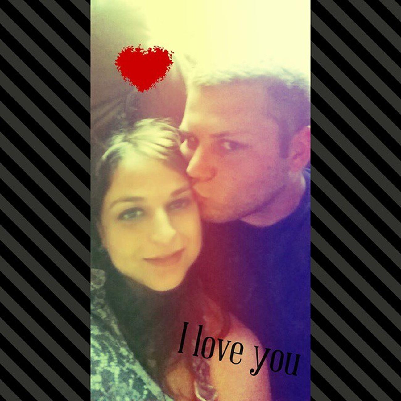 Forehead kisses are the best ❤ Imissedhim Ilovehim Bestfriend Boyfriend girlfriend longdistancerelationship love @ryanscott092