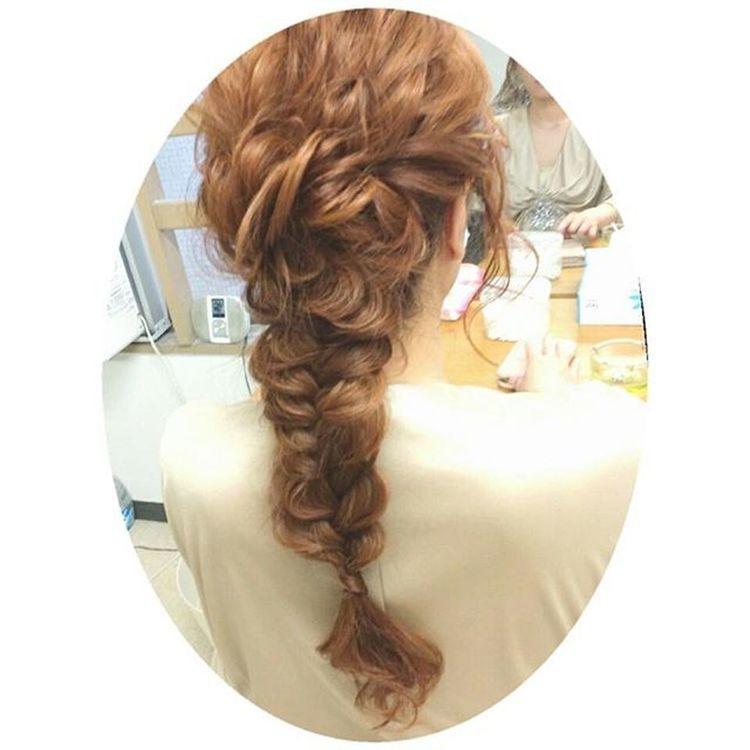 フィッシュボーン 波ウェーブ お洒落 ヘアアレンジ ヘアセット Hair 編みおろし Byshair Locari Love ゆるふわ 大人かわいい ゼット 波ウエーブとフィッシュボーンで編みおろし♡