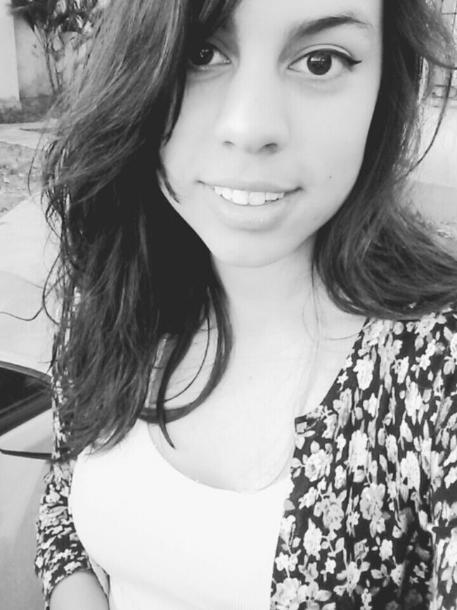 Selfie Smile ✌ Blackandwhite B/n Eyes Enjoy My Relaxing Hello World Hair hola♥