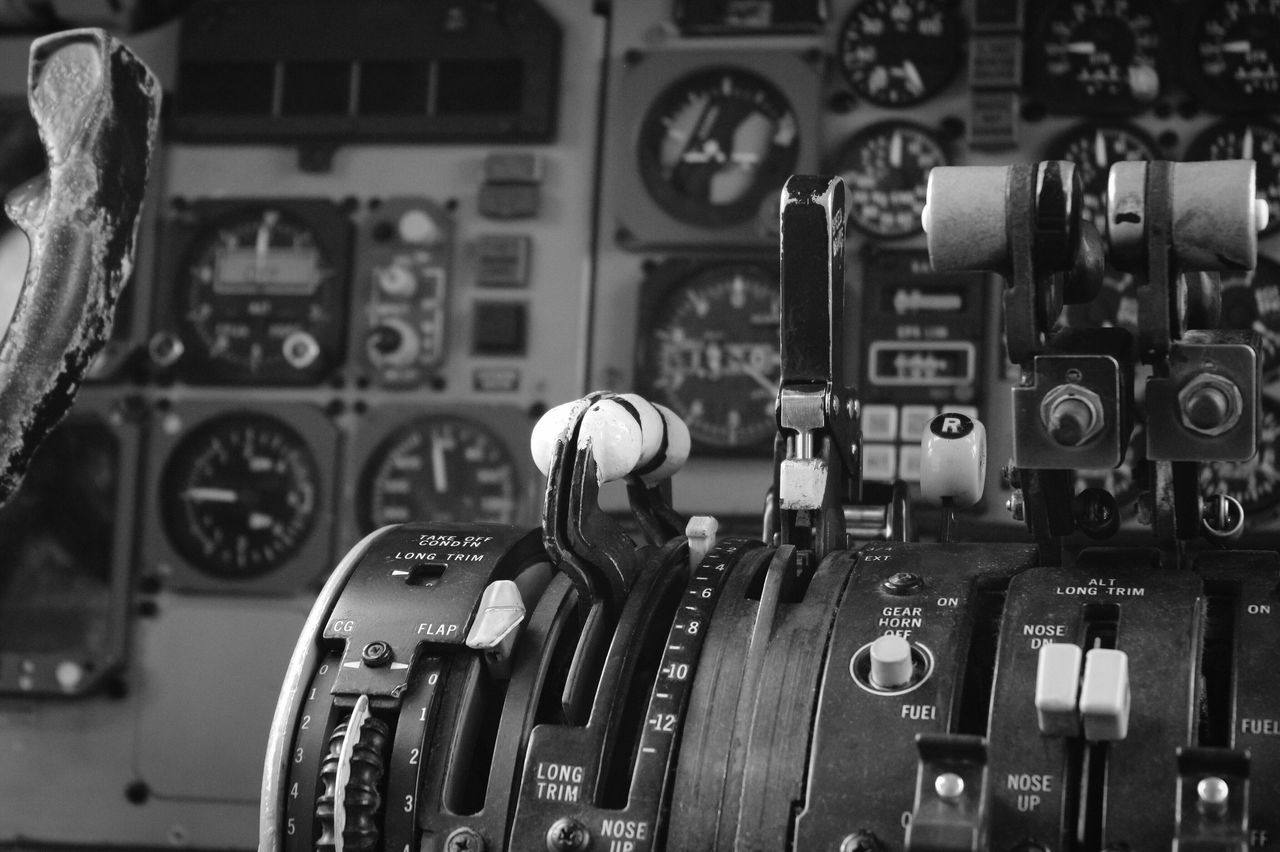 Control Control Panel No People Close-up Gauge Technology Indoors  Gear Industry Vehicle Part Speedometer Pressure Gauge Day Break The Mold Old Old-fashioned Aircraft Black And White Black And White Photography Md-82 Cockpit Break The Mold Let's Go. Together.