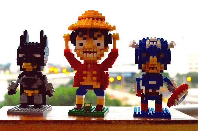 Super model LEGO Batman Captionamerica Luffy Blackground