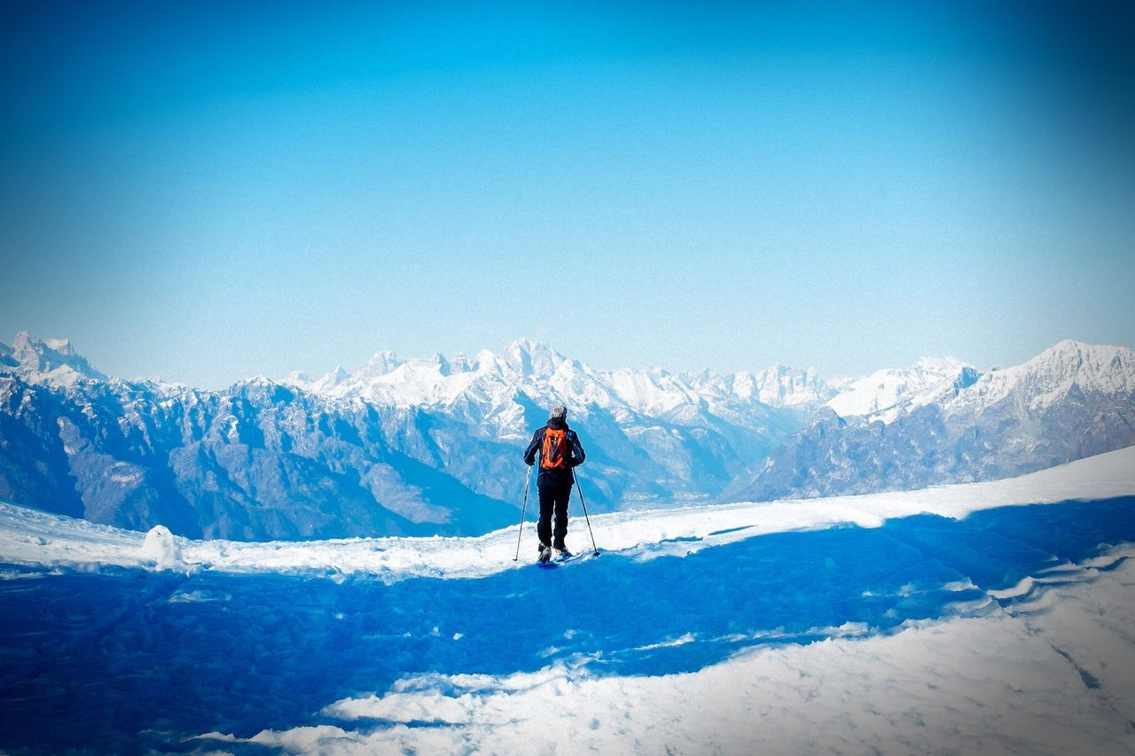 Beautiful stock photos of fitness, Blue, Clear Sky, Cold Temperature, Copy Space
