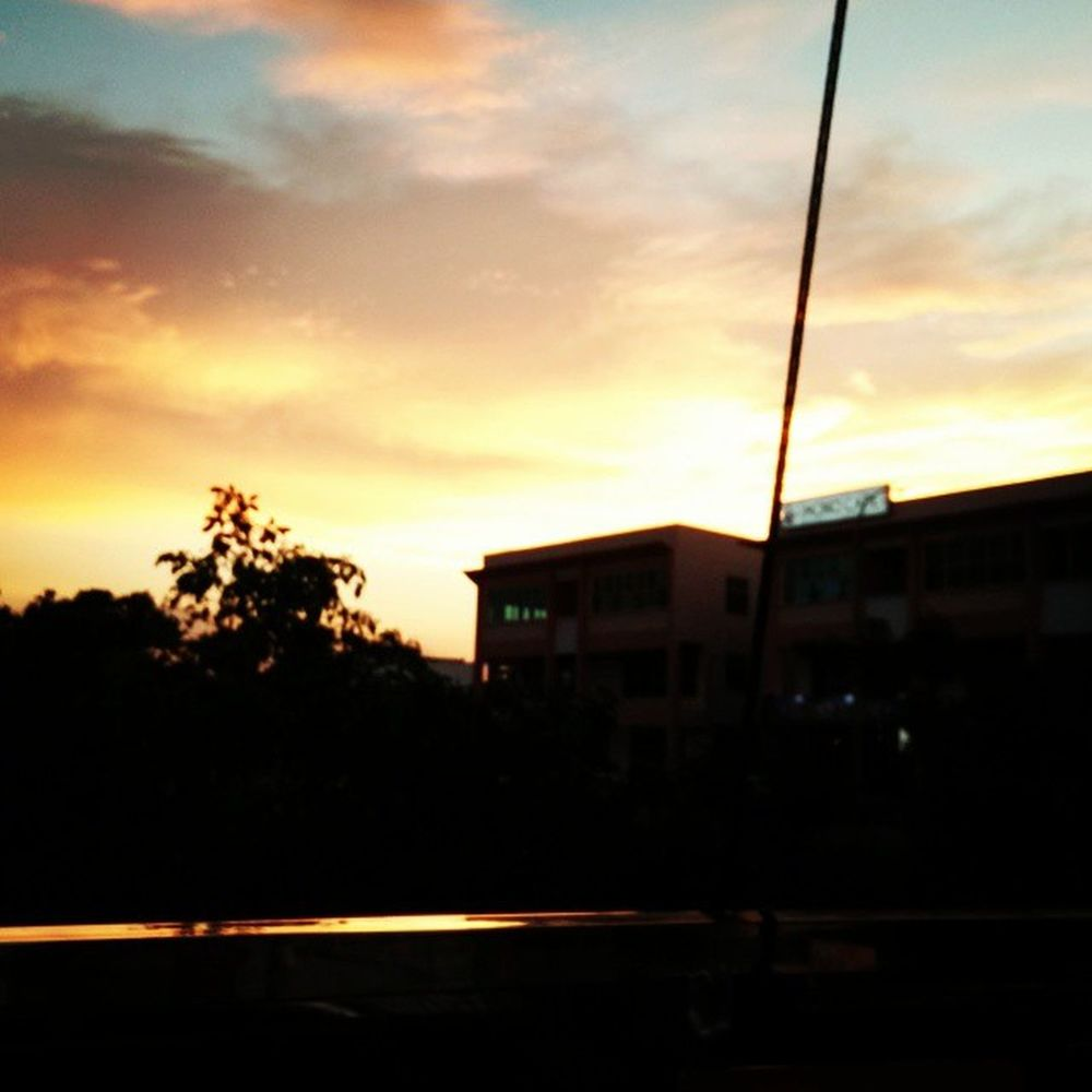 When I admire the wonders of a sunset or the beauty of the moon, my soul expands in the worship of the creator ~ Mahatma Gandhi Sunset Segamat Hometown Home Friday Fridaynight Fallingsky Sun Clouds Malaysia Johorian Johor