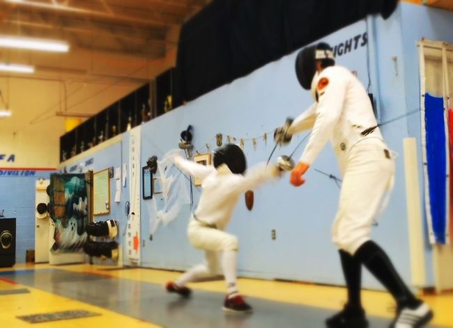 Fencing Learn & Shoot: Leading Lines Épée