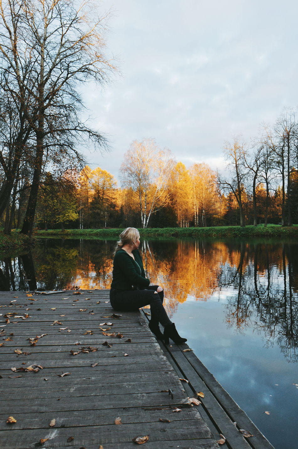 Autumn Autumn Autumn Colors Beauty In Nature Change Colorful Colors Day Girl Horizontal Lake Model Nature Nature Nature_collection Naturelovers One Person Outdoors People Reflection Russiannature Sky The Week Of Eyeem Tree Water