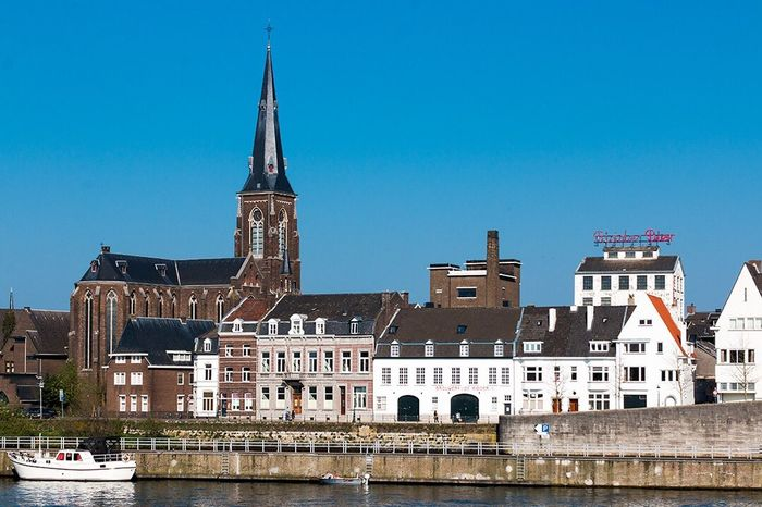Architecture Built Structure Building Exterior Religion Water Blue Waterfront Outdoors Place Of Worship Day Travel Destinations No People Clear Sky City Nautical Vessel Sky Holland Nederlands Nederland Maastricht Holland Façade Reisen Building Architecture House