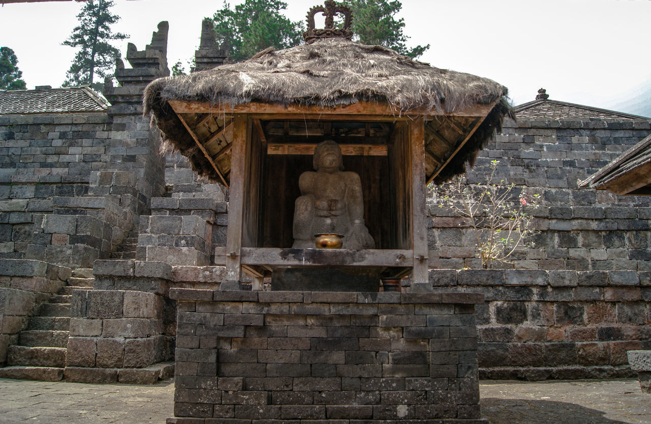 """one of the temples located in the highlands""""Cetho Temple"""" Built Structure Architecture Building Exterior No People Outdoors Entrance Temple Architecture Temples Hindu Temple Statue Indonesia Culture Places To Visit Wonderful Indonesia"""