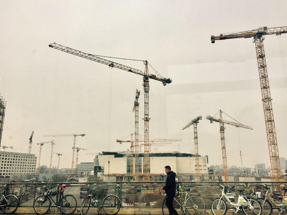 Warschauerbrücke Warschauer Straße Springtime Haze Crane - Construction Machinery Cranespotting Cranes And Construction