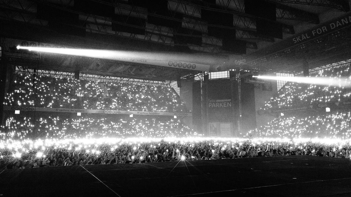 FormationWorldTour Beyonce Denmark Copenhagen Blackandwhite Lights And Shadows Lights Parken Arena
