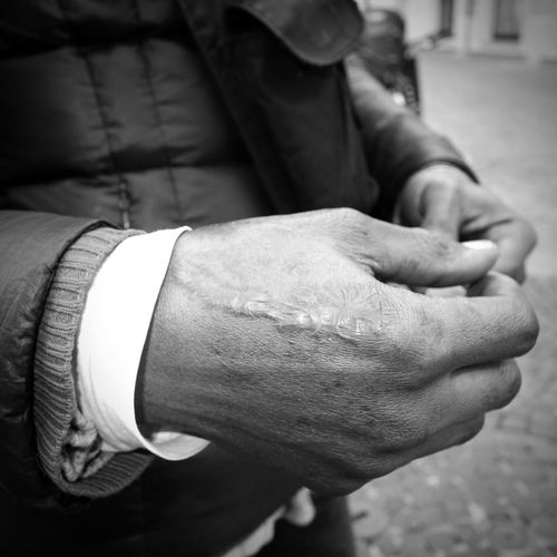 """""""Il est difficile d'être un homme"""" (André Malraux) #worldrefugeeday """"Don't photograph my face please and don't tell my name. I escaped from Nigeria with my wife and daughter. Luckily I found a job in a factory here in Italy """", he said and showed a bullet scar on his hand. Worldrefugeeday The migrants and refugees who arrived in Europe from 2008 to September 2015 in Europe are 874.634 people on 507.000.000 of the whole European population, that's to say the 0,17% (Eurostat, Unhcr). Worldwiderefugeesday Globalrefugeesday Internationalrefugeesday Streetphotography Black And White Collection  Streetphoto_bw Street Photography Bnw Photography Bianco E Nero Black And White Photography Streetphotographer Streetphoto Noir Et Blanc Schwarz Und Weiß Blanc Et Noir Blanco Y Negro Refugees Welcome Refugee Crisis Migrant Crisis Migrants Refugees Migration"""