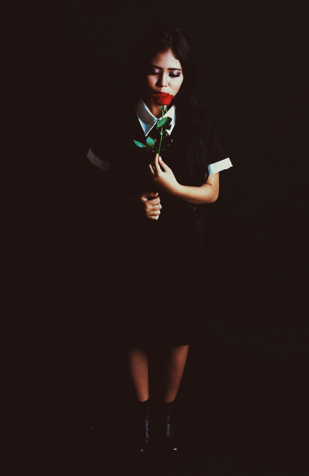 From My Point Of View Taking Photos Modeling Classic Bandung Darkart Shades Sad & Lonely Simpel Beuty Spring Flower Simpel Life From Where I Stand Hello World Old Pic  Vintage Fashion Newphotographer Roses🌹 Roses Are Red