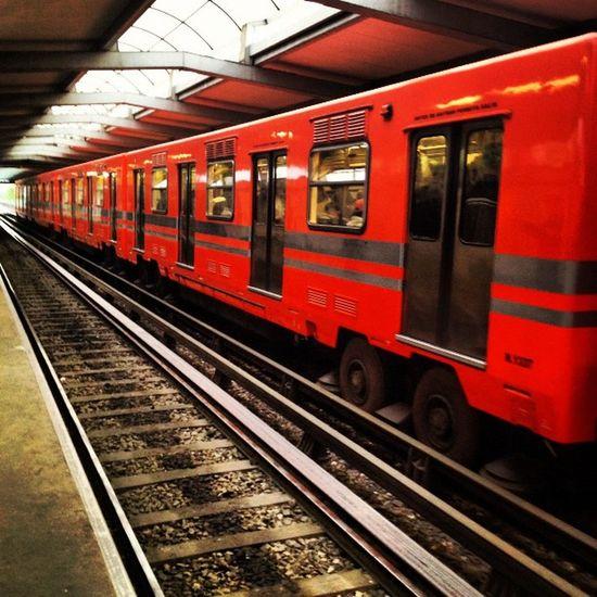 Anaranjado Squaready Orange Df Proyectodf Igers Igersdf Igersmty Igersgdl Metro Linea4 Subway Underground Elevado