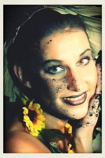 Color Portrait Photoshoot Beauty Portrait