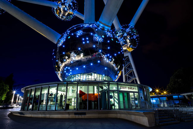 Atomium I Atomium Blue Brussels Bruxelles Exit Exit Sign Glowing Illuminated Landmark Low Angle View Night Night Lights Nightphotography Reflection Sightseeing Color Palette Blue