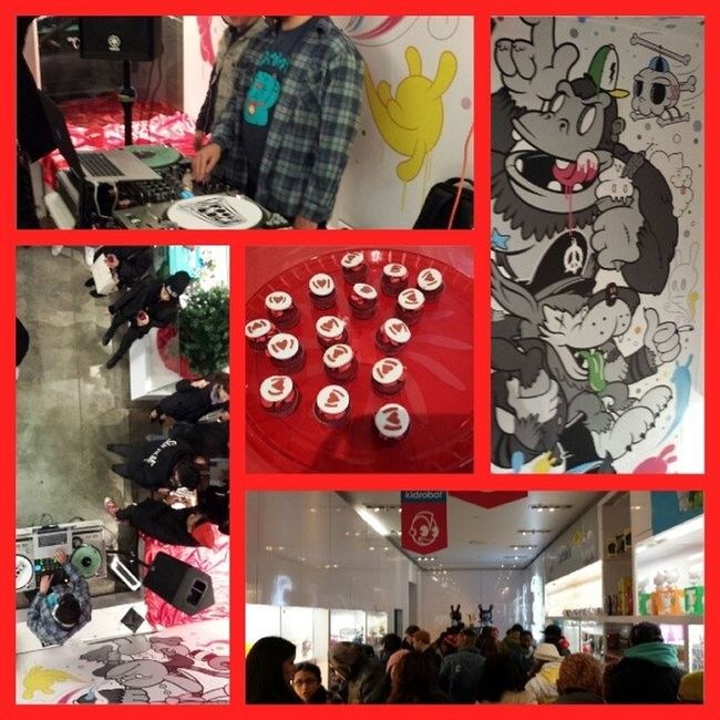 Great event tonight @kidrobot for (RED) day come check them out if you are close by. @red Kidrobot Nycalive Soho Red keithharing nystyle @kidrobotny drinks cupcakes artforafrica