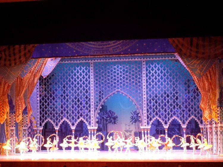 Балет Корсар Moscow Kremlin Theater Ballett Ballerina Performance Arts Culture And Entertainment Dancers балет Dance Performance Dance Art Illuminated Large Group Of People Entertainment