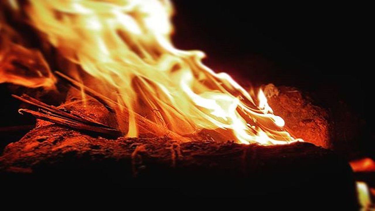Samsung Galaxy S6 Edgeplus . Fire Night Pork 😍😍