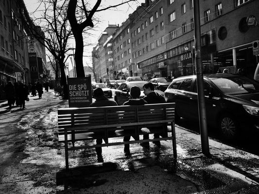 streetphotography in Vienna by Lukas H.