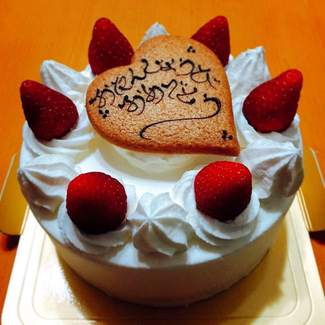 Happy birthday to me!🎉🎂👑✨ 誕生日 バースデー Birthday バースデーケーキ