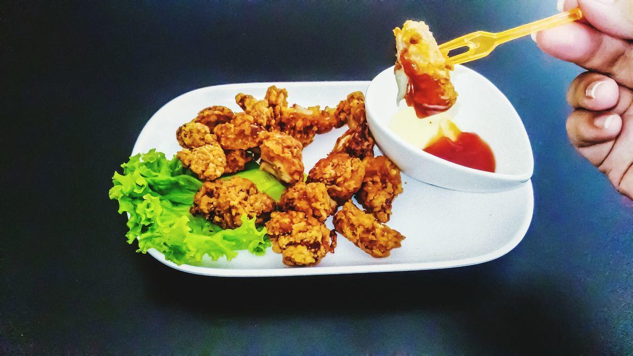 Eat fried chicken Fried Chicken Chicken Food Folk Stab Advertisment Abstract Wallpaper Menu Fried Menu Cooking Chicken Cook