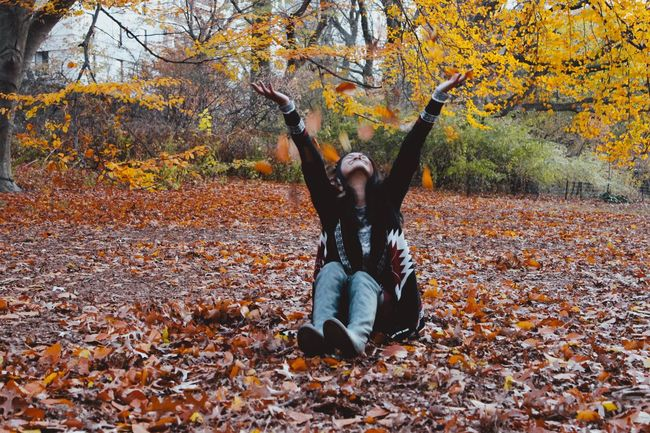 Showcase: December Check This Out That's Me Enjoying Life Things That Are Green Fall Winter Vacation East Coast NYC CentralPark Orange Warm Colors Autumn Leaves Trees