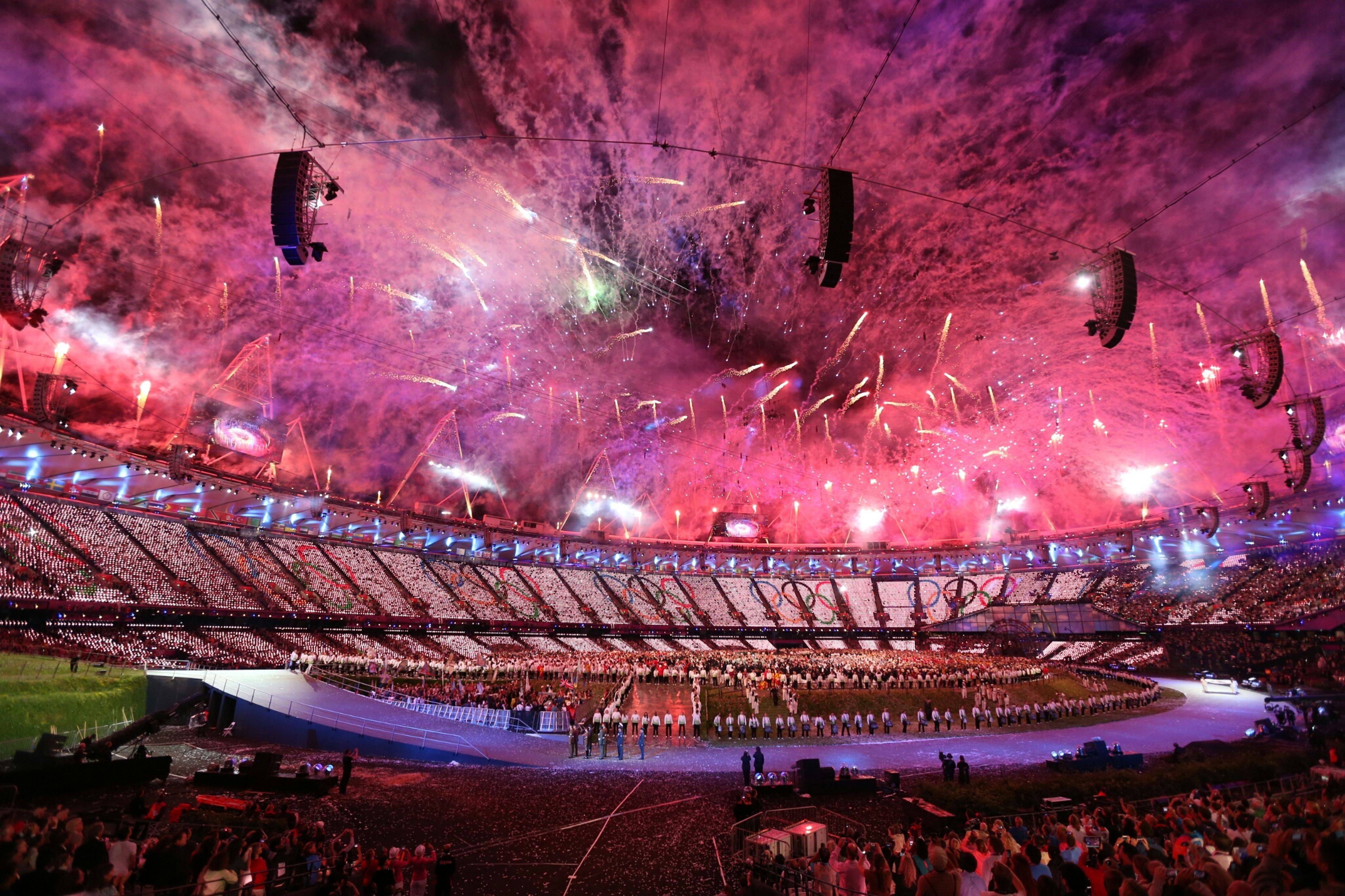 large group of people, lifestyles, leisure activity, enjoyment, men, illuminated, arts culture and entertainment, person, crowd, night, fun, water, event, enjoying, celebration, mixed age range, fountain, sky, excitement