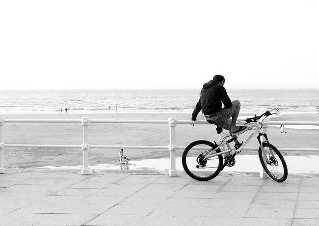 Monochrome Photography Mi Serie Minimal Mi Serie Gijón Street Life