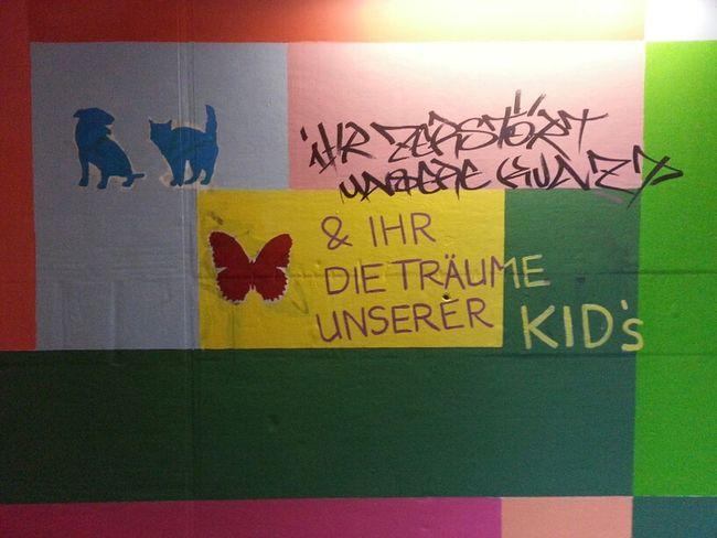 Graffiti-wars im Bahnhofstunnel.