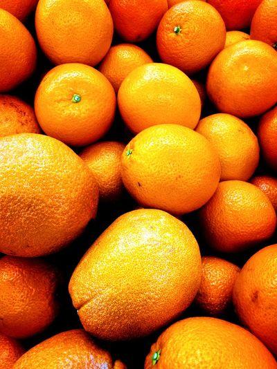 When live gives you orange Freshness Fruit Healthy Eating Orange - Fruit Citrus Fruit Orange Color Full Frame Market Stall Backgrounds Indoors  Mobilephotography Huaweiphotography Captureonp9 Huaweimobilemy Huaweimobile HuaweiP9plus Leicatechnology