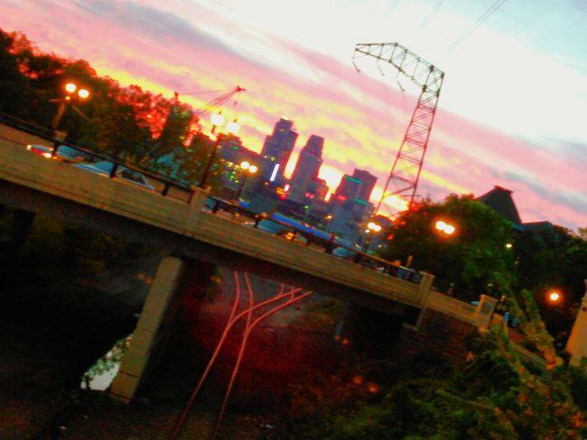 Dinkytown Sunset NightOut✨ City Skyline Majichour