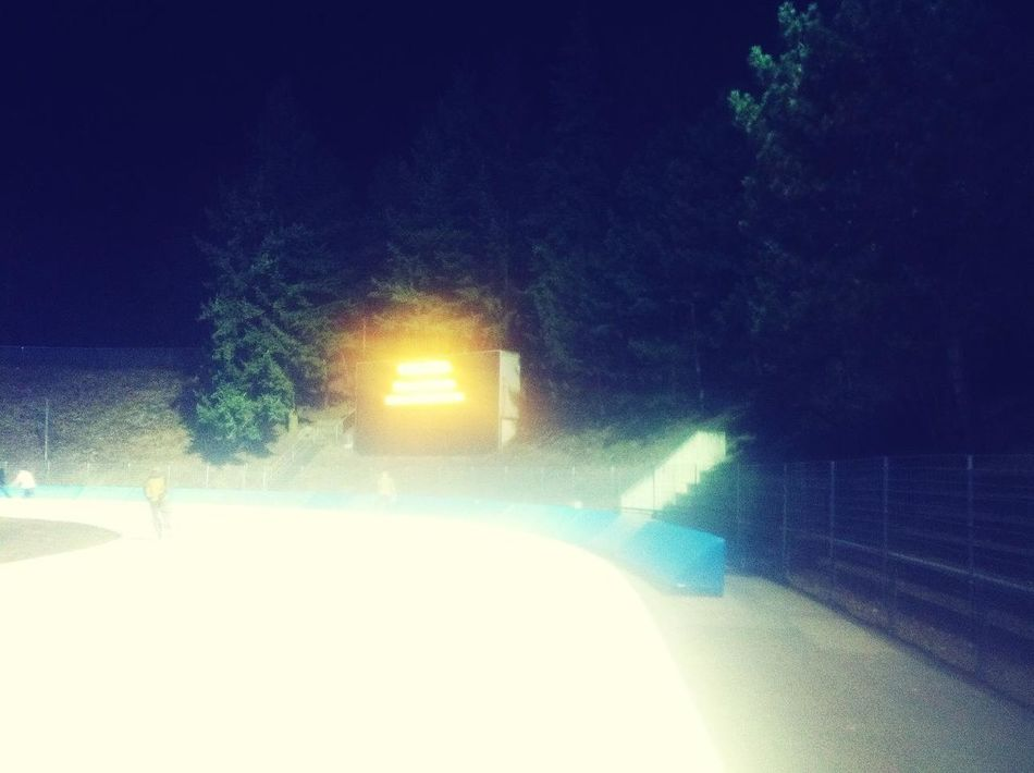 Last rounds... at Eislaufstadion Wilmersdorf Last Rounds...