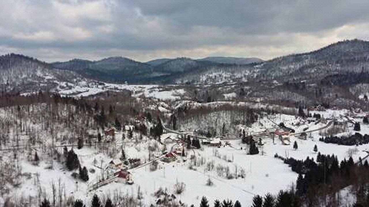 winter, snow, cold temperature, mountain, weather, built structure, house, nature, outdoors, beauty in nature, scenics, landscape, no people, mountain range, building exterior, sky, rural scene, architecture, day, tree