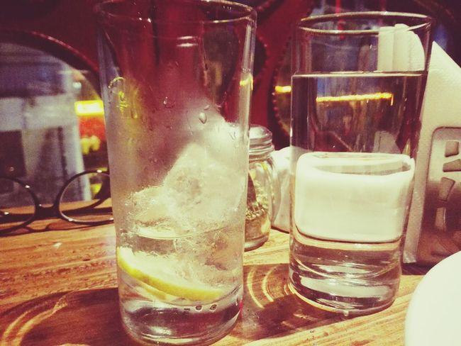 Pub Date Bar Hauzkhas Hauzkhasvillage Drinks Chilling Booze Mobilephotography Mobile Photography Nightparty Honor6