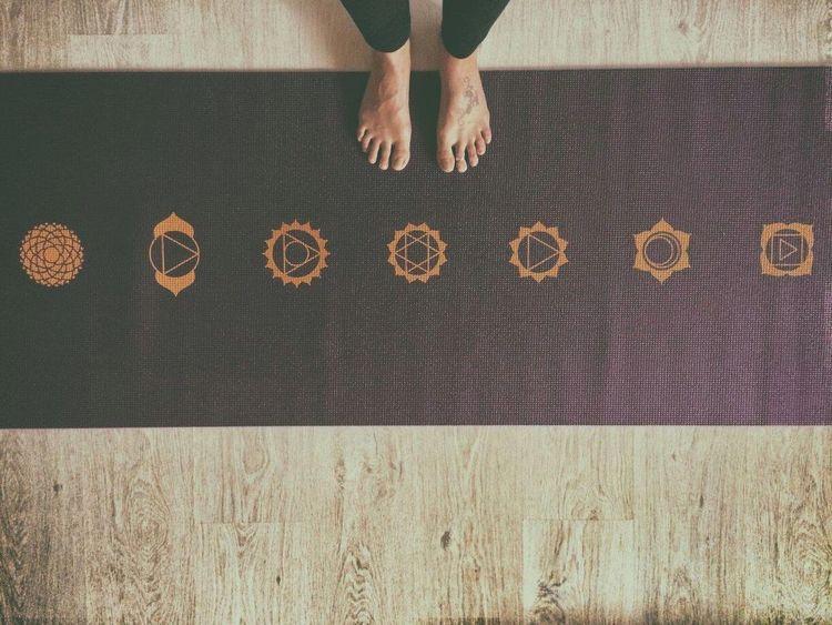 Yoga ॐ Yoga Yoga Mat Yogaeverydamnday Yogagirl Yoga Practice Yogatime Yogainspiration Yogateacher Yoga Feet Yogaeveryday Yogaeverywhere 7 Chakras Chakras Chakrahealing Balance Balance Your World Time For Yoga Time For Yourself EyeEmNewHere