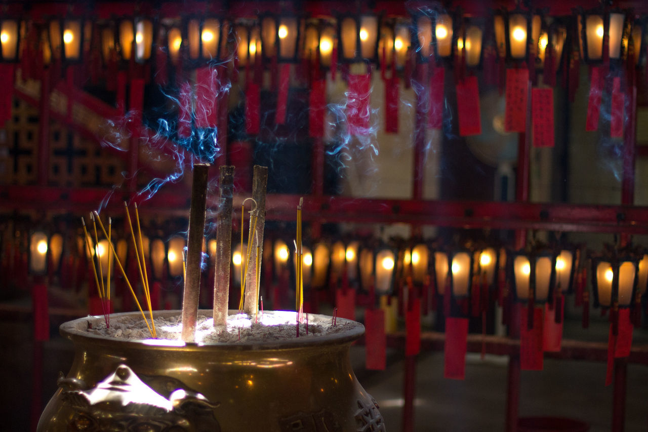 Feeling spiritual. Culture Cultures Hong Kong I Love Hong Kong Illuminated Insense Light Ornate Religion Altars