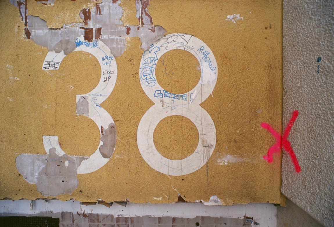 Achtunddreißig X 38 Baustelle Close-up Day Fassade Hausnummer Markierung No People Outdoors Rückbau Vandalismus X