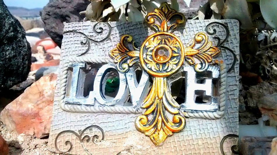 Love Love ♥ In The Desert Cross Jewels Stone Tablet Love♡ Memorial I Love Nature! I Love Nature Outside Photography Golden Cross Cross With Jewel Outdoor Photography Stones N Rocks Stones And Pebbles Rocks In The Mountains In The Middle Of Nowhere Las Vegas Mountain Vista Hiking Adventures