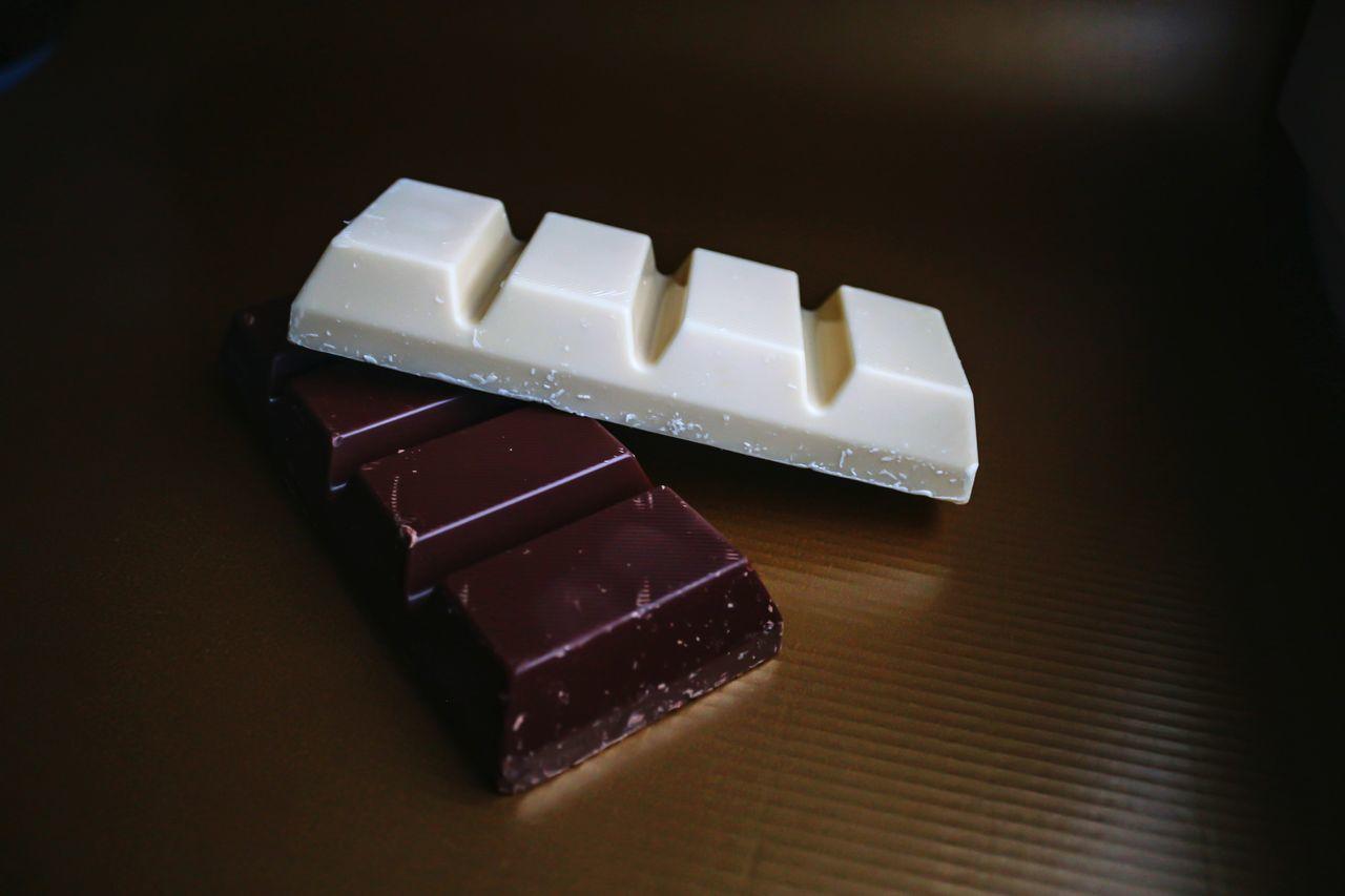 Beautiful stock photos of dunkel, Brown, Chocolate, Chocolate Bar, Close-Up