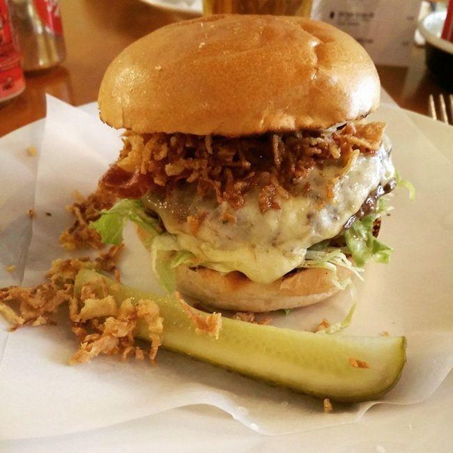 Ed ecco l'hamburger di oggi! Ilgirodelmondoin80cibi