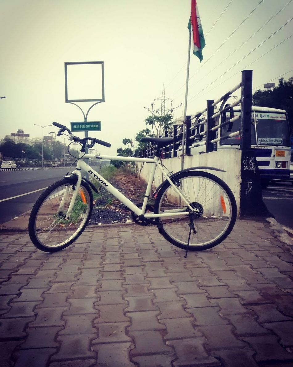 TheOOMission Ahmedabadswag Cyclinglife Cycleswag Rainslove_photography