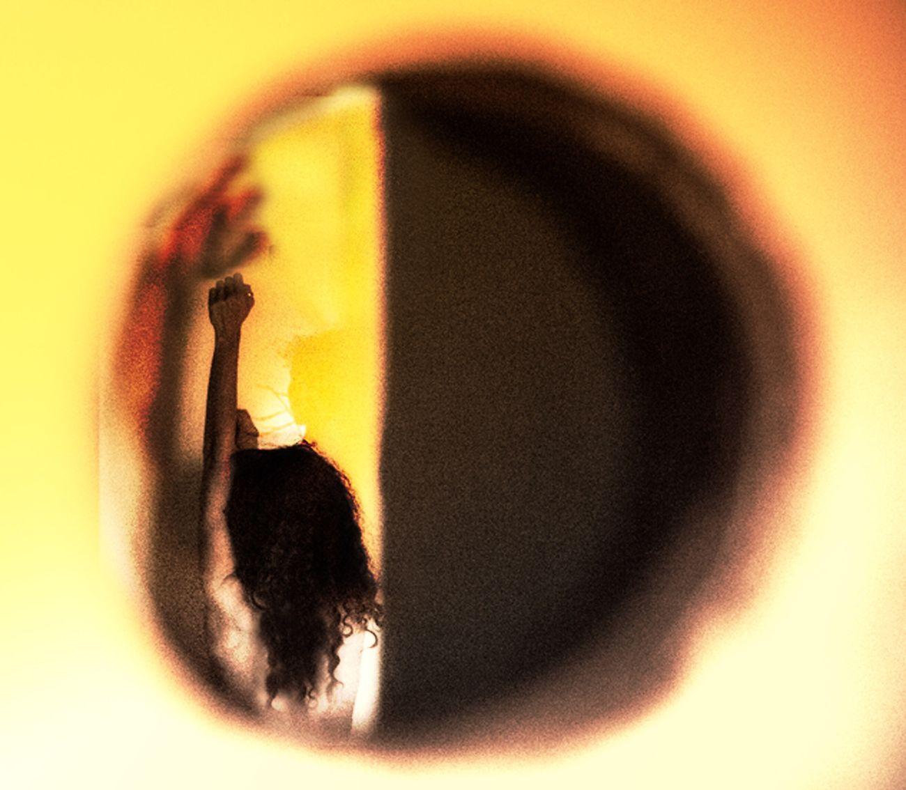 Stage fright Ginnaalvarez Ginna álvarez Spy Voyeur Peeking Selfportrait That's Me Mexican Back Stretch