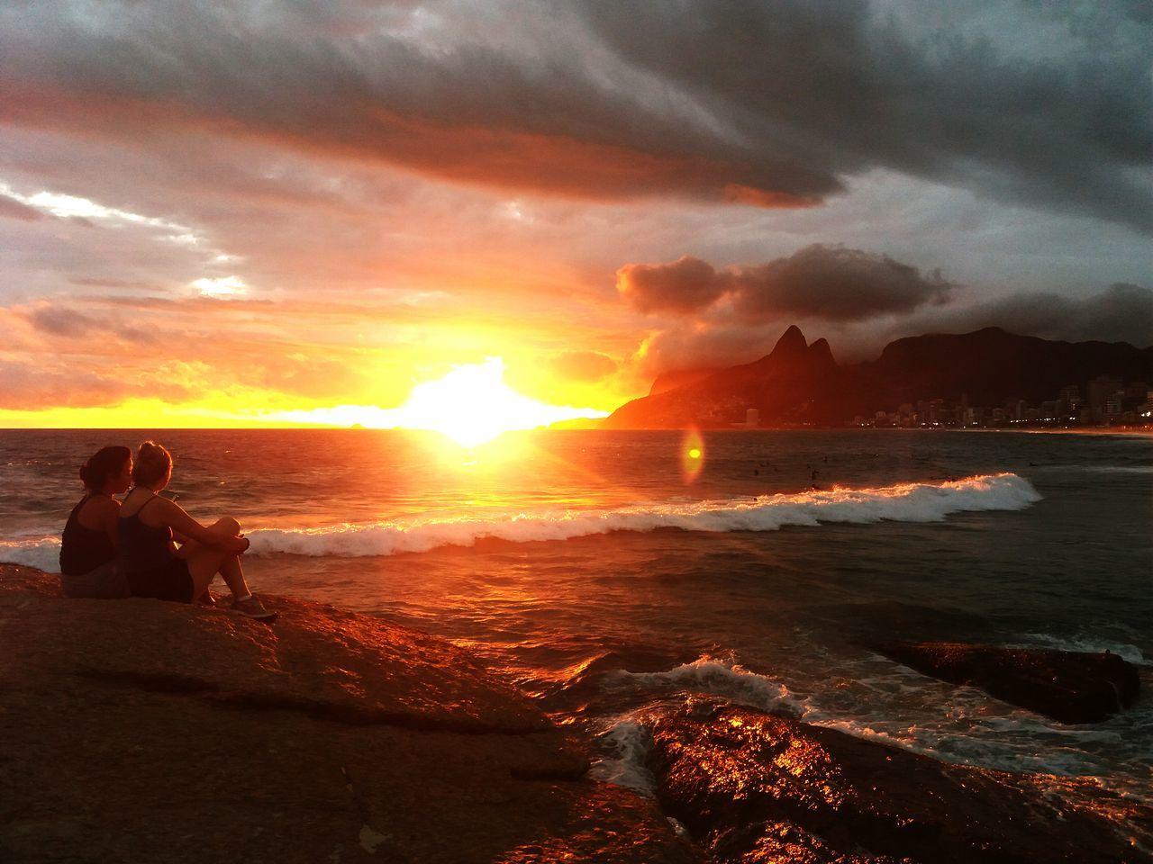 Sea Sun Reflection Beauty In Nature Nature Cloud - Sky Tropical Climate Sunset Ipanema Beach , photo by sansung J5 phone