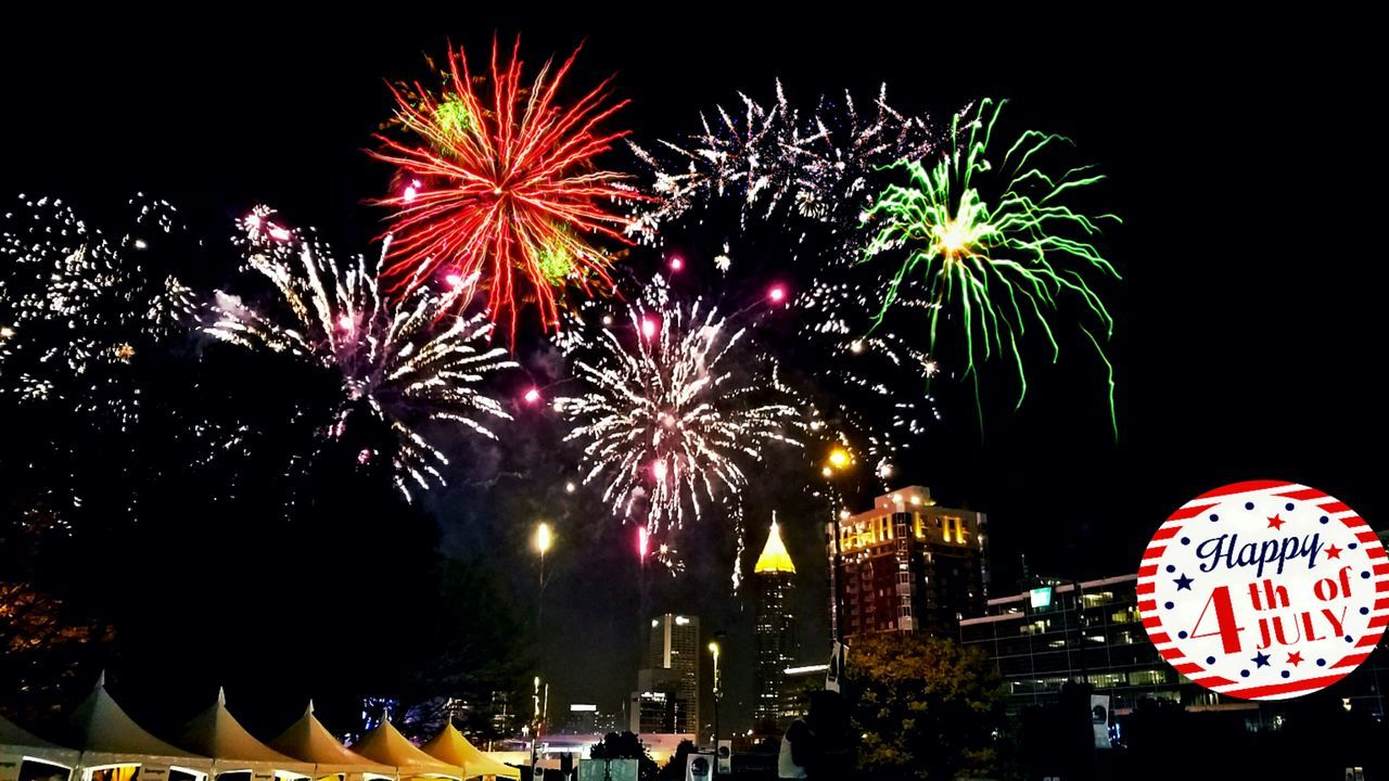 Happy 4th Of July! BOOM! Sparkles Sparks Flying Summer Memories 🌄 In The Heat Crowds Of People EyeEm Gallery Beautiful Firework Display Fireworks Centennial Park  Atlanta Ga Fun Family Time LOUD NOISES