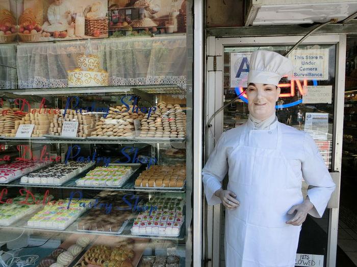 I Heart New York Bakery Storefront Mascot Picturing Individuality Urban Lifestyle Street Manhattan